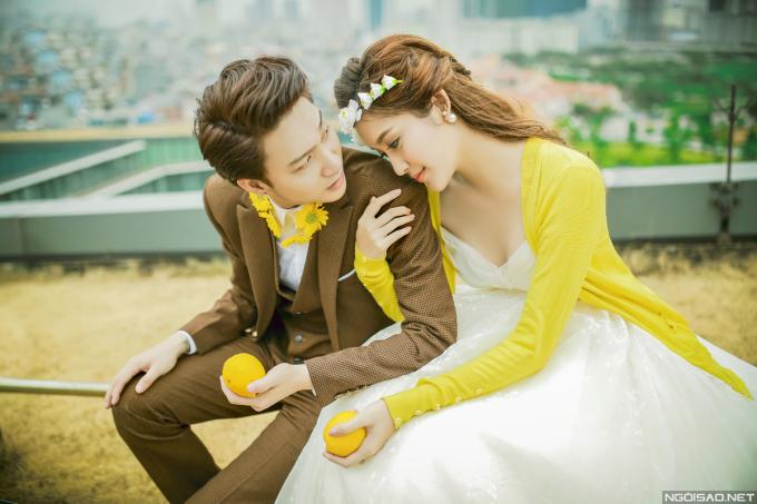 Á hậu Huyền My đẹp như Cinderella bên bên B Trần