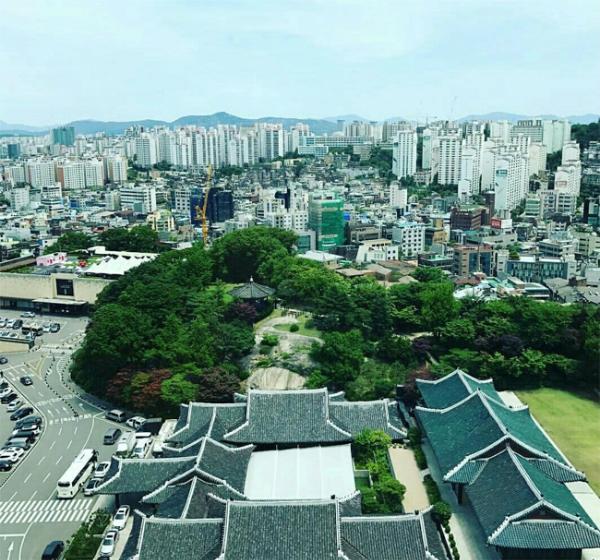 mot-ngay-truoc-dam-cuoi-song-hye-kyo-khach-san-shilla-cang-bat-kin-mit