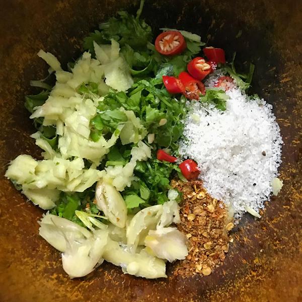 Bắp cải cuộn nhót xanh chấm chẩm chéo - 1
