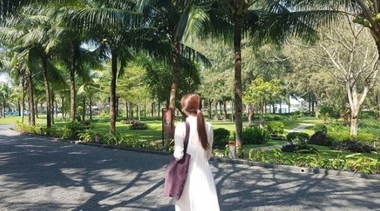 Vợ chồng ngôi sao Vì saođưa anh tới sang Việt Nam du lịch - 1