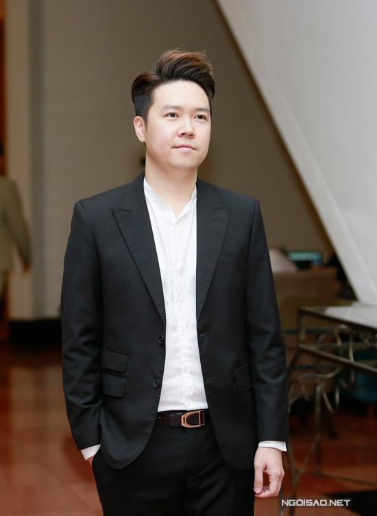Ca sĩ Lê Hiếu.