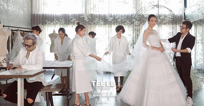 Êkíp của Chugn Thanh Phong chăm chút cho cô dâu Đàm Thu Trang.
