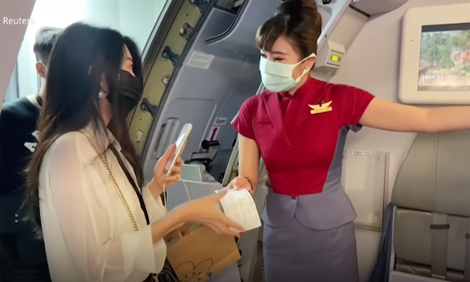 Chuyến bay giả tưởng cho du khách cuồng chân