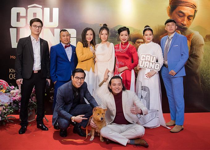 Đoàn làm phim Cậu Vàng ra mắt khán giả. Thanh Bình cũng từ Sài Gòn ra Hà Nội dự sự kiện. Anh vào vai người yêu cũ của Băng Di.