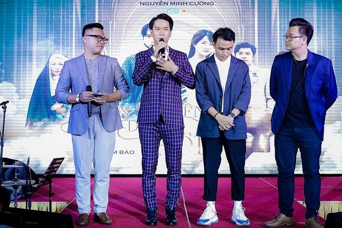Sắp tới, Nguyễn Minh Cường sẽ tổ chức một showcase cho Barry Nam Bảo.