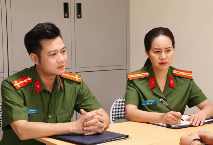 Quang Anh (trái) cùng bạn diễn Lệ Nguyễn.