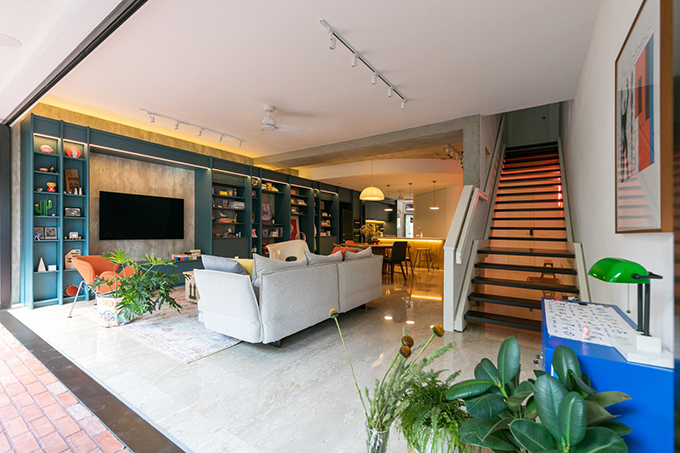 Căn hộ ở Singapore có diện tích 180 m2 được cải tạo bởi WY-TO architects năm 2019. Công trình nhằm mục đích tạo nên các không gian khép kín và tích hợp, giúp nâng cao sự tiện nghi khi sử dụng.
