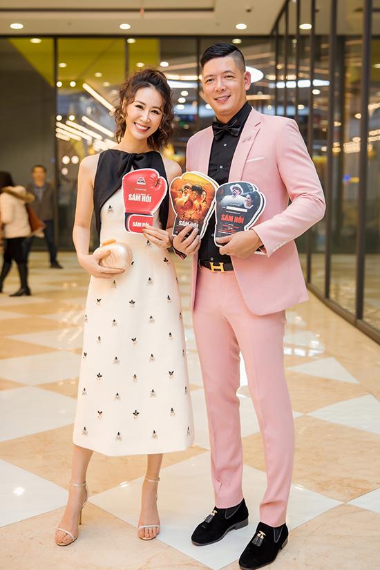 Hoa hậu Dương Thùy Linh đến chúc mừng Bình Minh ra phim mới.