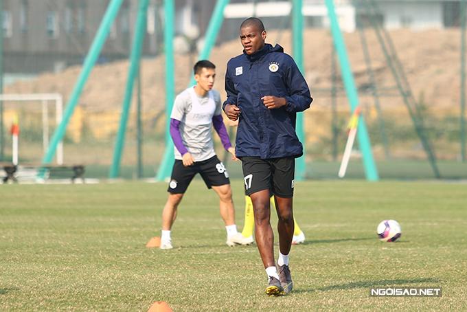 Tiền đạo Bruno Cantanhede là sự bổ sung mới nhất của CLB Hà Nội. Anh đoạt danh hiệu Cầu thủ ngoại hay nhất tại gala Quả bóng vàng 2020 sau khi góp công lớn giúp Viettel vô địch V-League mùa trước.