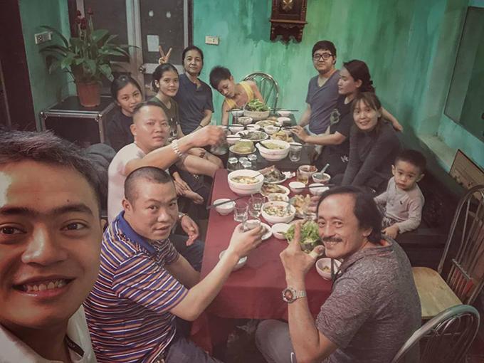 Giang Còi và gia đình quây quần dịp Tết Nguyên đán 2019.