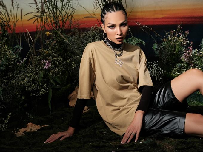 Mức giá phù hợp mà vẫn đảm bảo tính thời trang cũng là điều mà Minh Triệu quan tâm hàng đầu để thu hút sự quan tâm của nhóm khách hàng trẻ.