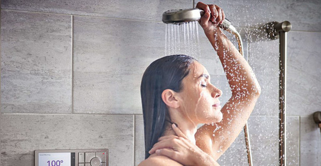 Nên dưỡng ẩm cho da trong vòng 30 phút sau khi tắm.