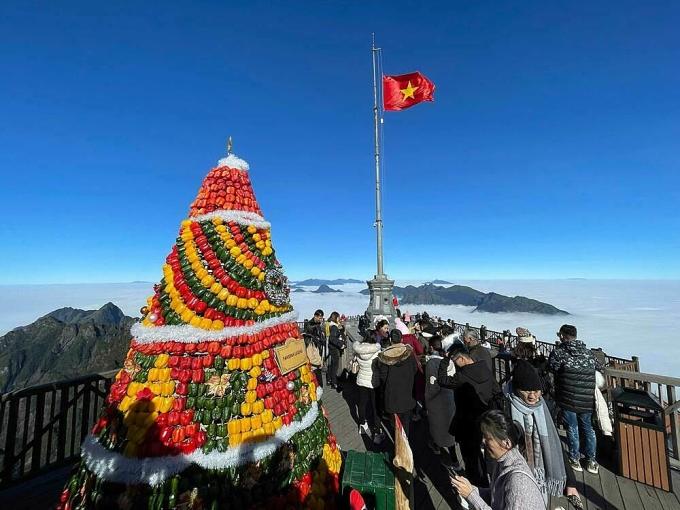 Khám phá lễ hội mùa đông tuyết phủ trên Nóc nhà Đông Dương (xin edit) - 18