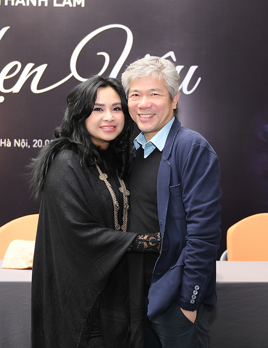 Thanh Lam và bạn trai - bác sĩ Tiến Hùng - tại buổi họp báo giới thiệu liveshow Hẹn yêu hôm 20/1.