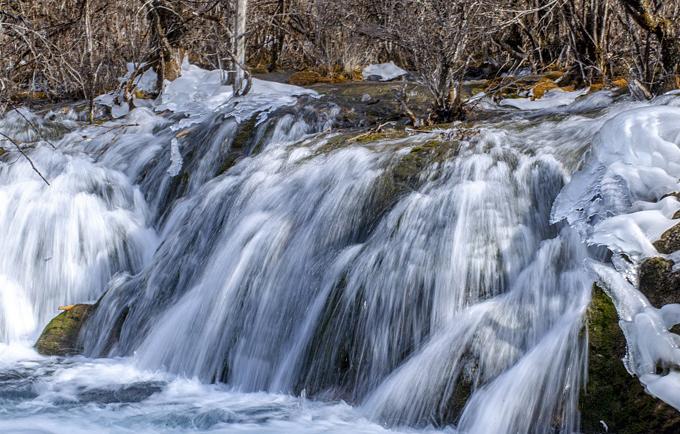 Thung lũng Cửu Trại Câu được UNESCO công nhận là di sản thế giới, mỗi năm có rất đông du khách trong và ngoài Trung Quốc tới tham quan. Riêng ngày xảy ra động đất, có tới 40.000 người đang ở đây.