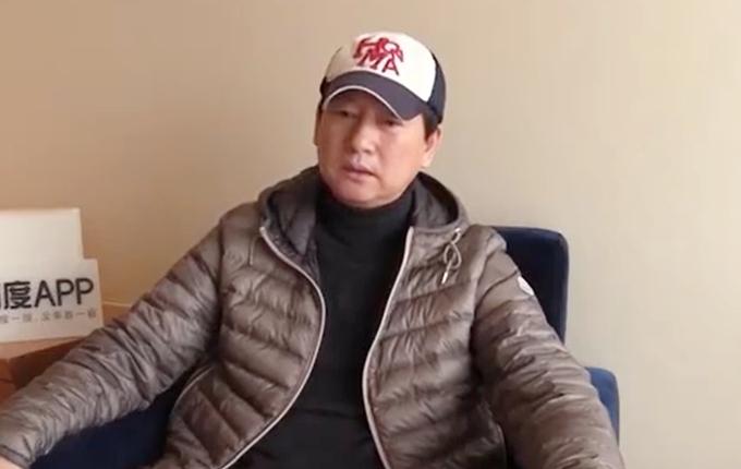 Bố Trịnh Sảng nói trong buổi gặp gỡ báo chí hôm 23/1 rằng nhà ông không bỏ con, cháu như tin đồn.