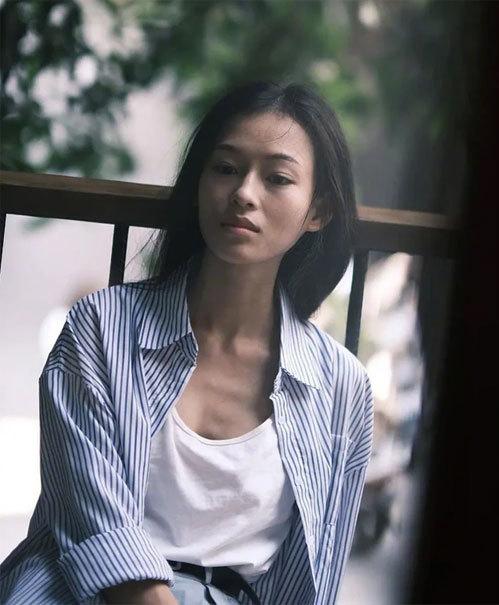 Một số khán giả Trung Quốc nhận xét Minh Hà có vẻ đẹp hòa trộn giữa nhan sắc Chương Tử Di và Chung Sở Hy.