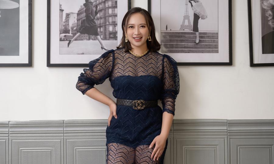 Ca sĩ Khánh Linh ăn Eat Clean, năng chạy bộ giảm mỡ
