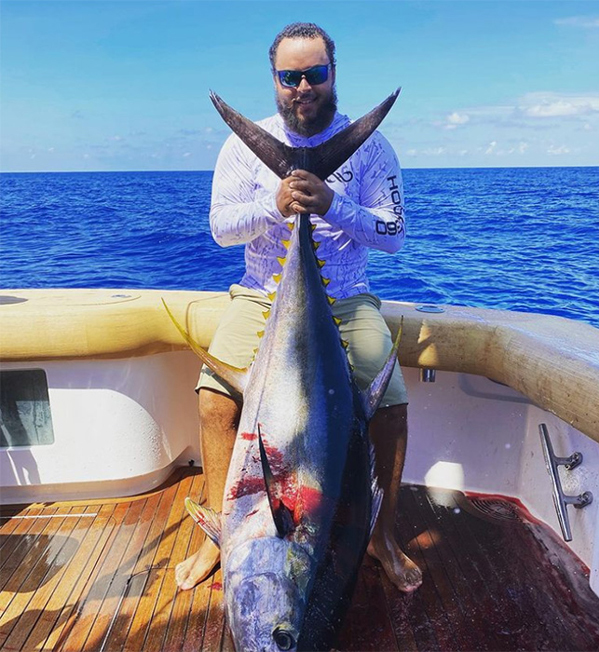 Connor Cruise khoe ảnh đi câu cá cuối tuần qua.