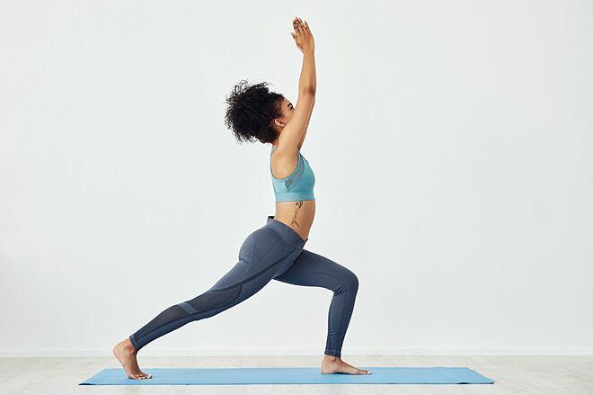 Tư thế này giúp tăng sức mạnh cho vùng chân.