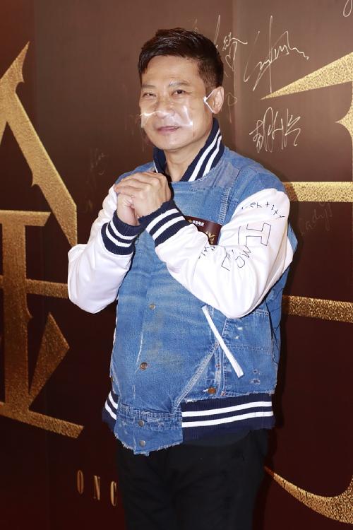 Tài tử Tiền Gia Lạc, ông xã Thang Doanh Doanh.