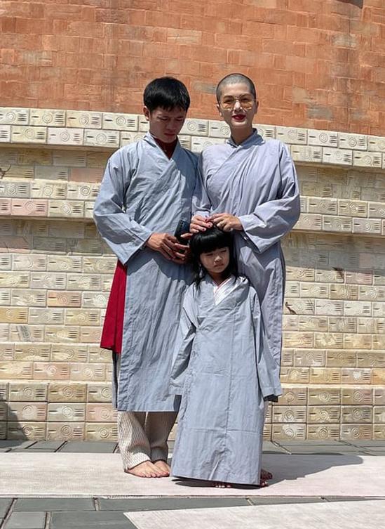 Vợ chồng Oanh Yến cùng xuống tóc - 6