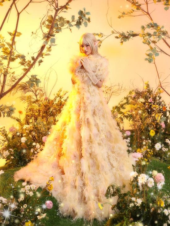 Bảo Hà hóa yêu tinh với váy Nguyễn Minh Công - 6
