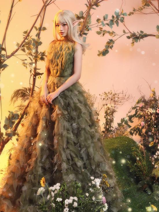 Bảo Hà hóa yêu tinh với váy Nguyễn Minh Công - 12