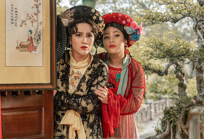 Từng kết hợp ăn ý cùng nhau ở Tấm Cám: chuyện Huỳnh Lập kể, nam diễn viên và đồng nghiệp Trà Ngọc diễn tự nhiên, được nhiều khán giả khen đáng yêu khi vào vai mẹ con dì ghẻ.
