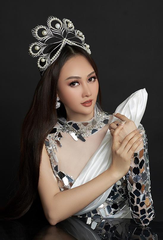 Phạm Kim Duyên hiện hoạt động trong lĩnh vực MC và kinh doanh spa.