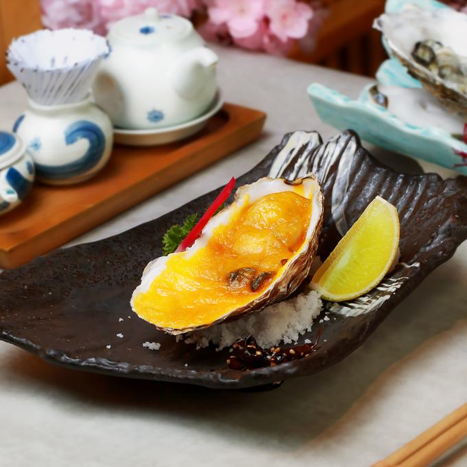 Magaki Cheese Yaki: hàu nướng phô mai thơm lừng dành cho tín đồ món béo.