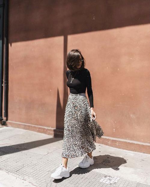 Đến văn phòng không cần váy chống nắng - 18