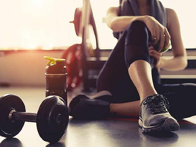 Các chuyên gia khuyến cáo không nên tập luyện vào những thời điểm như khi bị căng cơ, sau khi ăn no hay ngay trước giờ đi ngủ để tránh ảnh hưởng đến sức khỏe.