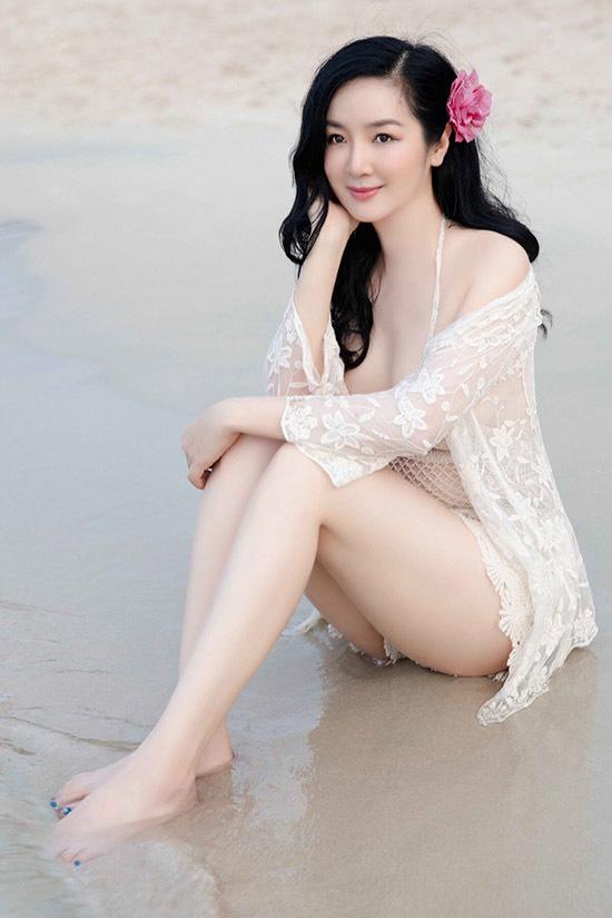 Giáng My nổi tiếng từ thập niên 1990 sau khi giành vương miện Hoa hậu đền Hùng 1992. Người đẹp từng hoạt động trong làng giải trí với vai trò người mẫu, diễn viên. Nhiều năm nay cô chuyển hướng sang lĩnh vực kinh doanh.