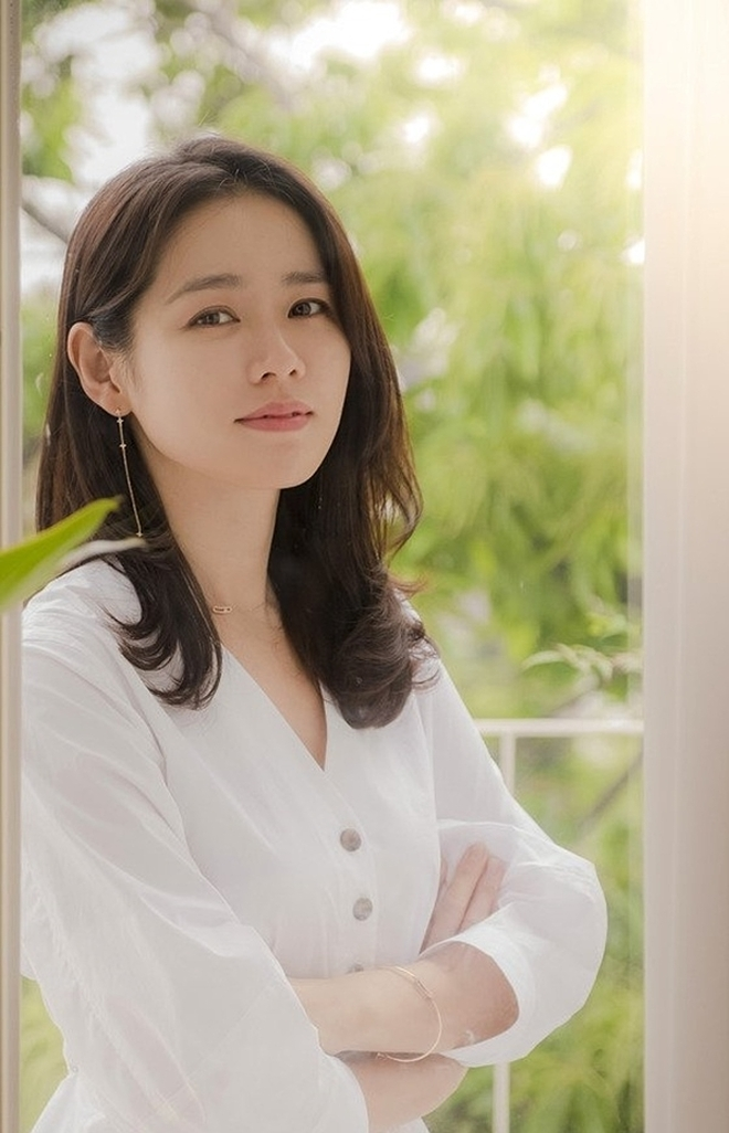 Ngọc nữ màn ảnh Hàn hiện đang có một cuộc sống viên mãn cả về tình yêu và sự nghiệp.