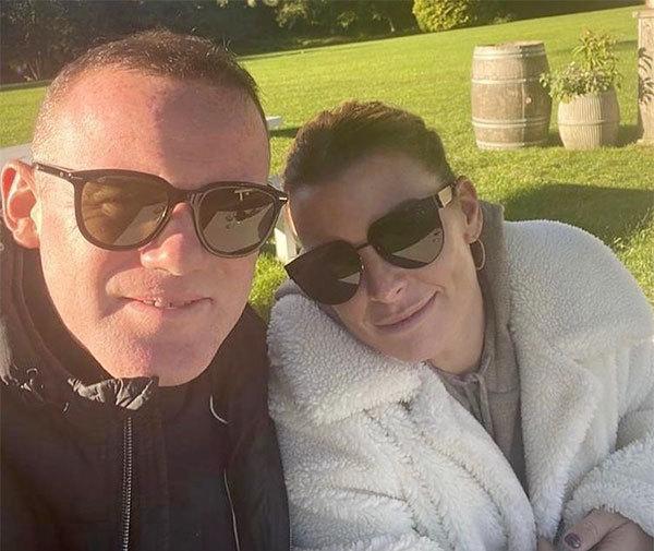 Rooney và Coleen bên nhau từ ngày tuổi teen, kết hôn năm 2008. Ảnh: Instagram.