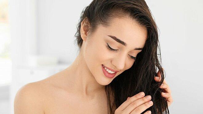 Thời gian để dầu xả trên tóc tối đa là 3 phút.