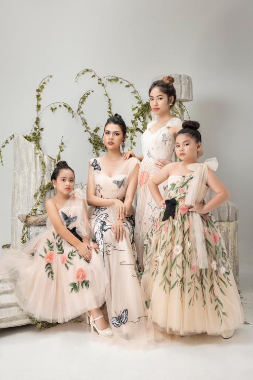 ộ hình Jessie Nhã Uyên chụp cùng giáo viên người mẫu Mẫn Ni và 02 mẫu nhí Pinkids để chuẩn bị quảng bá bộ sưu tập sắp tới của nhà thiết kế Tùng Vũ tham gia Pink Ocean - Pink Show 3