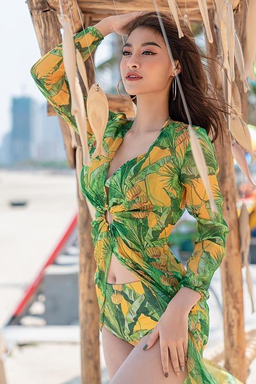 Á hậu Kiều Loan thả thính với ảnh thả dáng bên biển Đà Nẵng: Em muốn được cùng anh về vùng biển vắng. Mình sẽ sống những ngày hè ươm nắng.