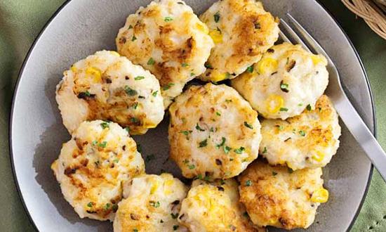 Chả hải sản và ngô nấm