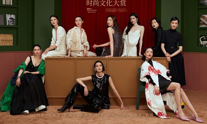 Dàn siêu mẫu Trung Quốc hiếm hoi tụ hội