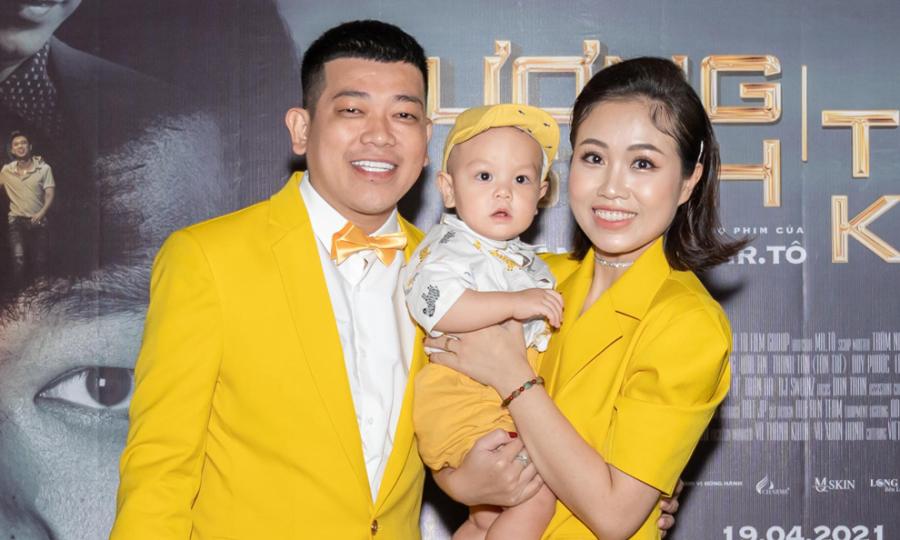Diễn viên Thanh Tân khoe vợ và con trai