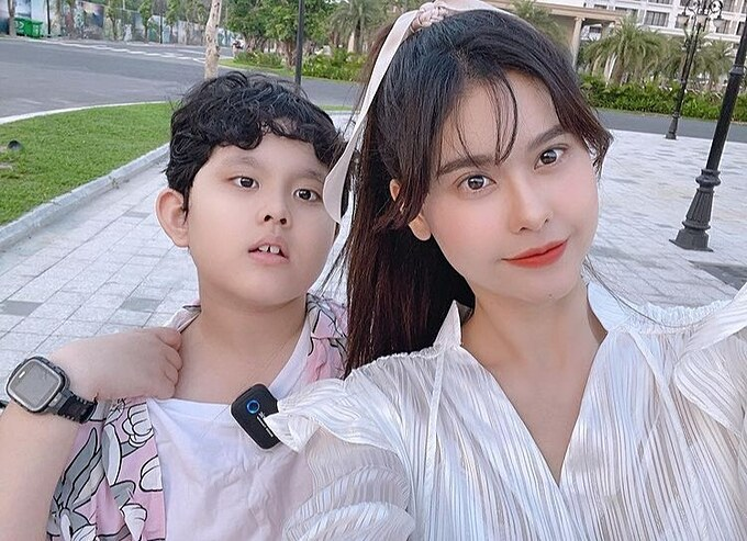 Trương Quỳnh Anh hài hước nhận mình là girl cute, con trai là boy lạnh lùng.
