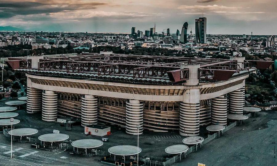 Thiết kế 'gây lú' của sân vận động lớn nhất Italy