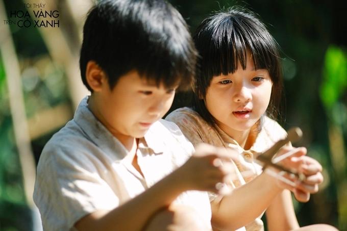 10 tuổi, Lâm Thanh Mỹ liên tục có phim ra mắt: Đoạt hồn, Tôi thấy hoa vàng trên cỏ xanh, Siêu trộm... Cô bé có gương mặt xinh xắn, đôi mắt giàu cảm xúc chạm vào trái tim khán giả qua các thể loại phim khác nhau: kinh dị, tâm lý, hành động...