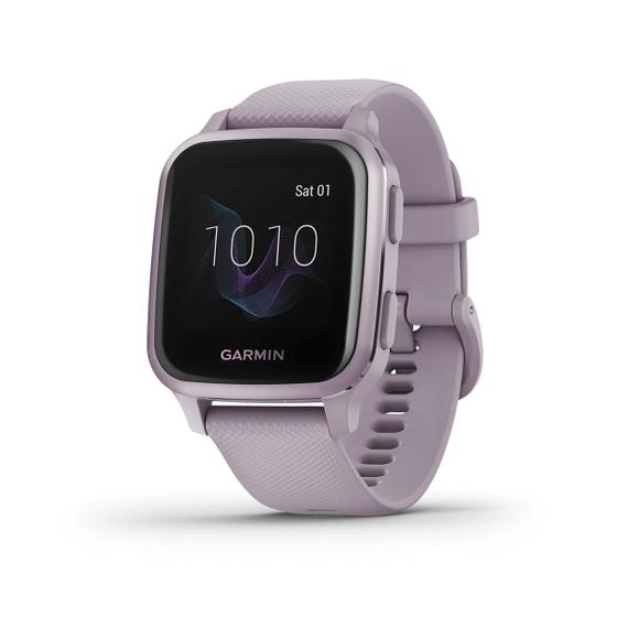 Đồng hồ thông minh Garmin Venu Sq - Tím nhạt4.990.000đ giá 4,99 triệu đồng; phù hợp với cổ tay có chu vi 125 - 190 mm; màn hình sáng màu, kết hợp phong cách hàng ngày với các tính năng theo dõi sức khỏe, thể chất. Sản phẩm sử dụng lâu hơn chỉ với một lần sạc, thời lượng pin lên đến 6 ngày ở chế độ đồng hồ thông minh và lên đến 14 giờ ở chế độ GPS.