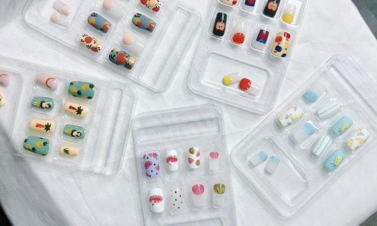 Gợi ý mẫu nails đẹp tay, vui mắt ngày hè