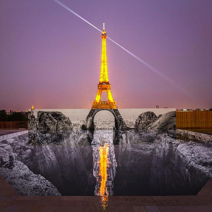 Dân Paris đổ xô check in tháp Eiffel dưới vực thẳm - 4