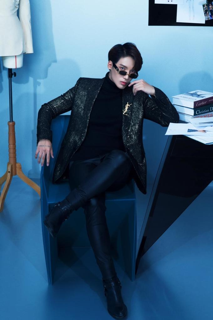 Trở thành Giám đốc sáng tạo cho thương hiệu thời trang thời dịch là thách thức lớn với stylist Kye Nguyễn.