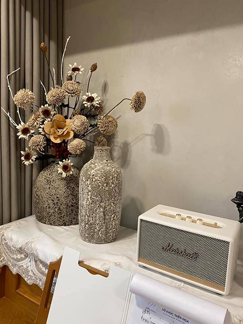 Tông màu trung tính giúp diện mạo căn hộ trở nên tinh tế.